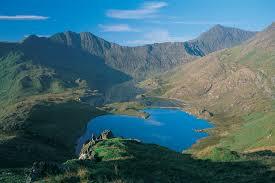 Een Apu is de spirit van een berg, hier Apu Snowdonia in Wales, chakanaherb Marke