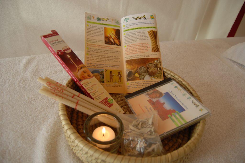 oorkaarsen, een combinatie van kruiden en warmte, chakanaherb Marke